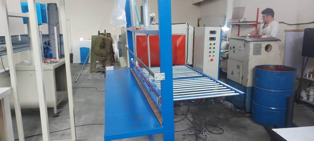 نمونه دستگاه شیرینگ پک تونلی نیمه اتوماتیک