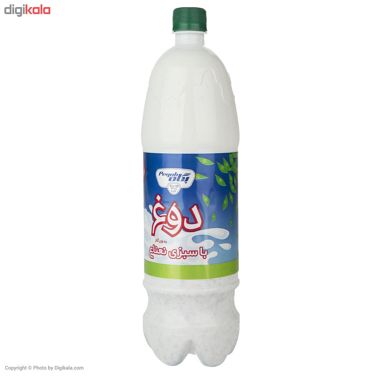 بطری دوغ پر شده توسط دستگاه پرکن دوغ